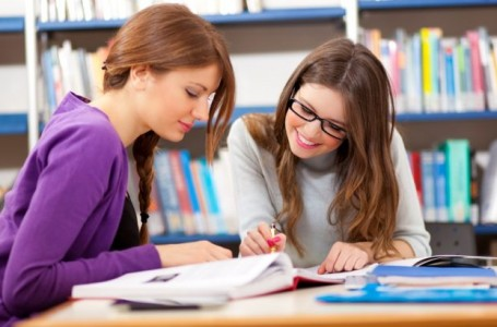 Why Modern Day Student's Prefer Using Essay Writing Services
